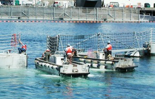 Harbor Offshore Barriers floating fence